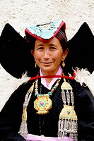 One of the many annual ladakhi festivals where poeple enjoy to meet and exchange new.s Wearing their traditional cloth is part of their culture Music ...