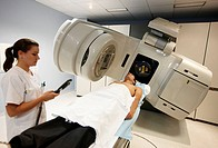 Linear accelerator, radiation therapy oncology. Hospital Universitario de Gran Canaria Doctor Negrin, Las Palmas de Gran Canaria. Canary Islands, Spai...