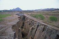 Rift where earth is splitting at plate boundary, Grotagja, Lake Myvatn region, north east area, Iceland, Polar Regions