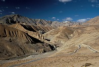 Crossing the Zanskar mountains near Pang, 4600m altitude, Leh_Manali highway, Ladakh, India, Asia