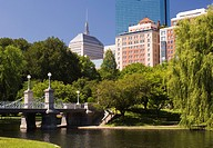 Lagoon Bridge in the Public Garden, Boston, Massachusetts, New England, United States of America, North America