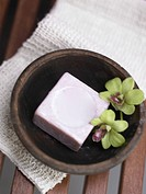 Soap in wooden dish (thumbnail)