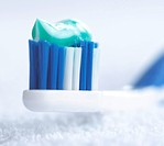 Tooth-brush toothpaste (thumbnail)