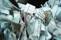 Omikuji papers