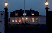 Kvällsbild Eriksbergs Säteri, House With Gate Lighted At Night, Low Angle View