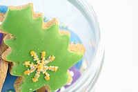 Christmas tree shaped ginger bread close-up (thumbnail)