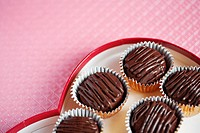 Chocolates in box close-up (thumbnail)