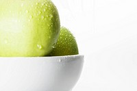 Water droplets on green apples close-up (thumbnail)