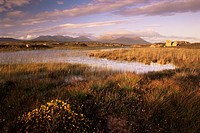 Ballynahinch Lake and the Twelve Pins, near Clifden, Connemara, County Galway, Connacht, Republic of Ireland Eire, Europe