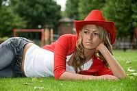 10853333, Woman, blond, posing, park, Jeans, activ