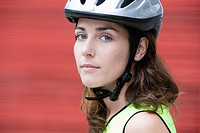 Female cyclist (thumbnail)