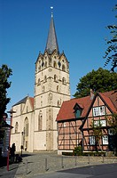 Cathedrale and cantor house, the second oldest framework house in Westphalia, Herford, North Rhine-Westphalia, Germany