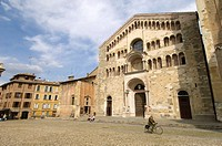 Piazza Duomo (cathedral), Parma. Emilia-Romagna, Italy