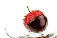 Chocolate-coated strawberry