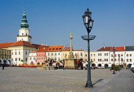 Square and chateau, Kromeriz, South Moravia, Czech Republic, Europe