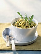 Spaghttis with rocket pesto