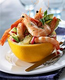 Grapefruit with shrimps