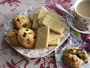 Banana shortbreads