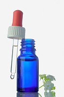 Pipet bottle: homeopathic remedy (thumbnail)
