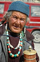 Old tibetan woman Lama Yuru, Ladakh, India
