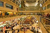 duty free shop, aeroporto di dubai, emirati arabi uniti