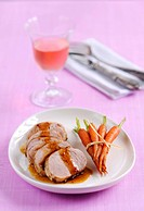 Pork fillet with gravy and carrots
