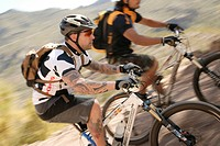 mountainbiker, movement_fuzziness, extreme_sport, broached,
