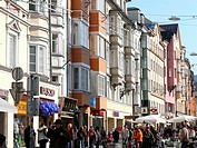 Austria, Tyrol, Innsbruck, city center, Maria_Theresien_Street, passers_by, city, city view, Häuserreihe, houses, stores, businesses, architecture, ba...
