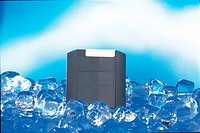 Ice, object, floppydiskette (thumbnail)
