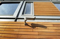 Example of a new property development built with sustainable material _ timber cladding