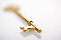 Selective focus of brass skeleton key
