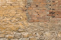 Brick, Brick Wall, Close_Up, Damaged, Day