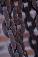 Chain, Close_Up, Day, Focus On Foreground, Iron
