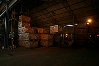 Worker, working, effort, factory, warehouse, carrying (thumbnail)