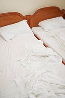 Bed Linen, Bed Sheet, Bed Spread, Bedding, Bedroom, Clothes