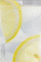 Close-up of lemonade (thumbnail)