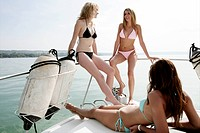 Women, beautiful, relaxing, bikini, yacht, portrai (thumbnail)