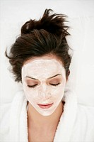 Wearing, young, woman, face pack, face mask, model (thumbnail)