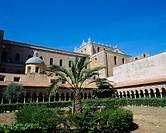 Courtyard with corridor, Duomo, Monreale, Palermo outskirts, Sicilia, Italy, Europe