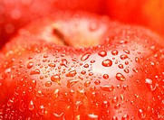 Water droplet on apples, close_up