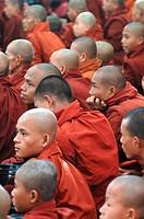 Myanmar _ Asien _ Moenche