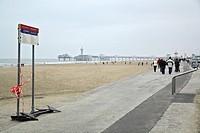 HV765640 Strandpromenade mit Seebruecke in Scheveningen