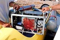 Fuel cell engine for small boats. This fuel cell engine was developed in 2000 by the Swiss engineer Professor Jean_Francois Affolter. He designed a se...