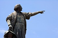 Dominican Republic _ Santo Domingo _ Colonial Zone _ Columbus Park _ Statue of Christopher Columbus