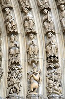 France, Paris 75  Notre Dame cathedral, detail of sculpture work on the arch of the Last Judgement portal : representation of Hell with diabolic figur...