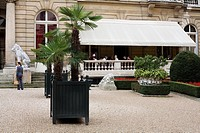 France, Paris, Musee Jacquemart Andre, courtyard and cafe terrace