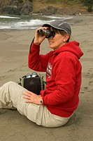 OR06408 Birding on beach, Samuel H Boardman State Park, OR