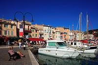 France, Bouches du Rhone, Cassis, marina