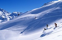France, Savoie, Les Menuires, off piste skiing on Lou lake