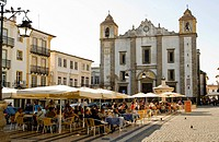 Portugal, Alentejo region, Evora, listed World Heritage by UNESCO, Praça do Giraldo